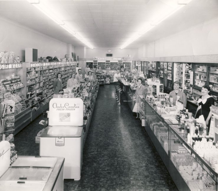 Oswald's Interior shot, 1953. The Soda fountain from the 1950 image has been replaced by a glass cosmetics case.