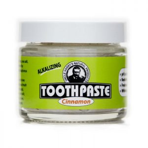 Uncle Harry's Cinnamon Toothpaste product image. 3oz glass jar with a white top and a green, black and white label. Cinnamon is printed in a red font.