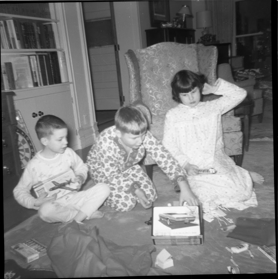 Message from Bill 2018 inset image--Oswald's Pharmacy owner Bill Anderson's home in 1967. Bill with his siblings Becky and Peter.